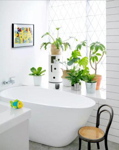 Phòng tắm nhỏ gọn, tinh tế.