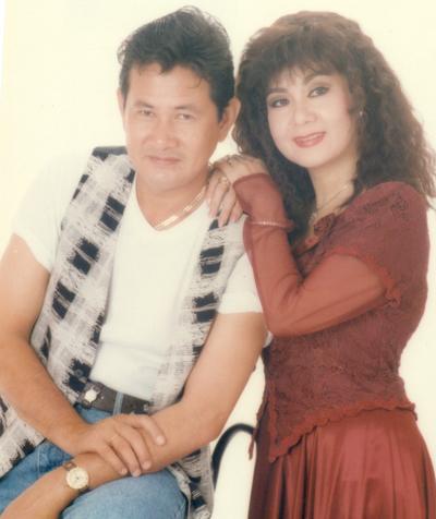 Nghệ sĩ Mỹ Châu và chồng - nghệ sĩ Đức Minh (phải).