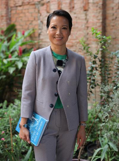 Tác giả Hương Nguyễn.