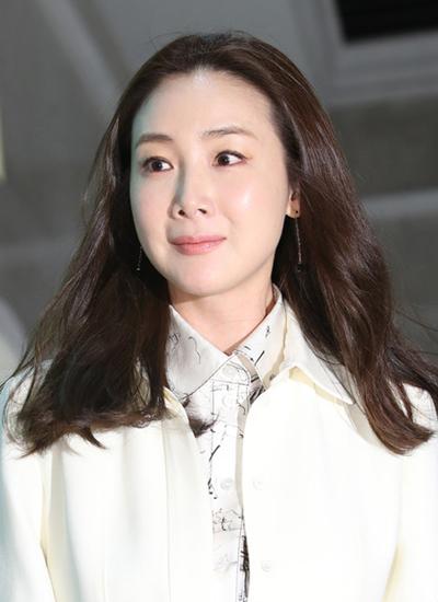 Choi Ji Woo tại sự kiện gần đây.