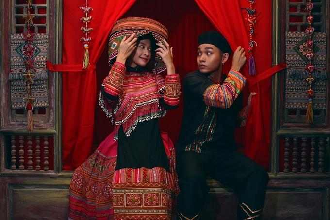 Jun Phạm, Khả Ngân thể hiện nhiều kiểu trang phục cưới