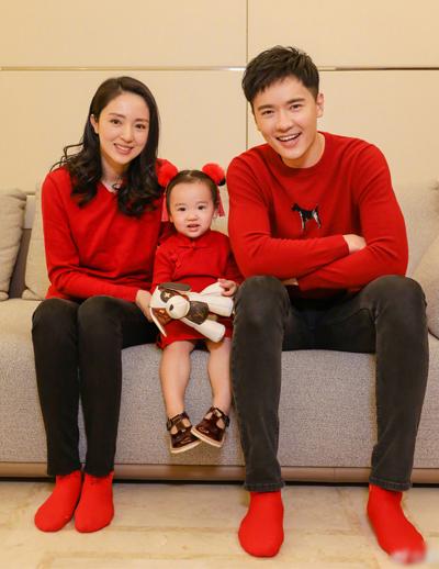 Vợ chồng Cao Vân Tường và con gái.
