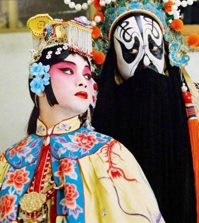 Trương Quốc Vinh (trái) trong Bá vương biệt Cơ.