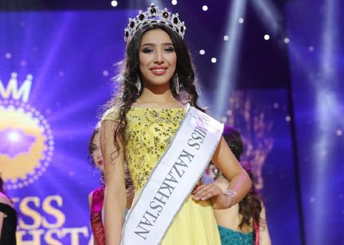 Alfïya Ersayın năm nay 16 tuổi, có vẻ ngoài dịu dàng, quyến rũ, phù hợp tiêu chí của cuộc thi Miss World.
