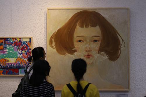 Nét tươi mới trong triển lãm Tranh và giá trị cuộc sống [08/04 - 07:43]