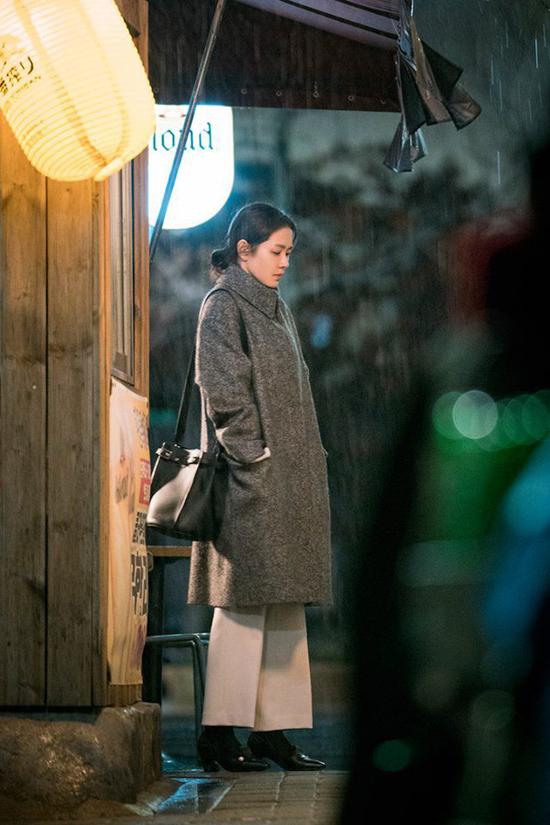 Son Ye Jin gây sốt với các cảnh ngọt ngào bên mỹ nam