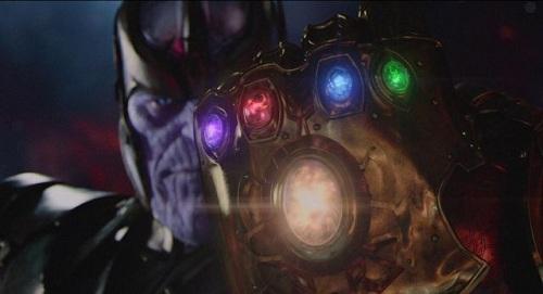 Trong các phim trước của Marvel, nhiều tình tiết về các Viên đá Vô Cực được cài cắm để phát triển câu chuyện trong Avengers: Infinity War.