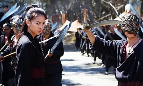 Ngô Thanh Vântừng đóng hai phim do Netflix sản xuất - Ngọa hổ tàng long 2 (2016, ảnh) - và Bright (2017).