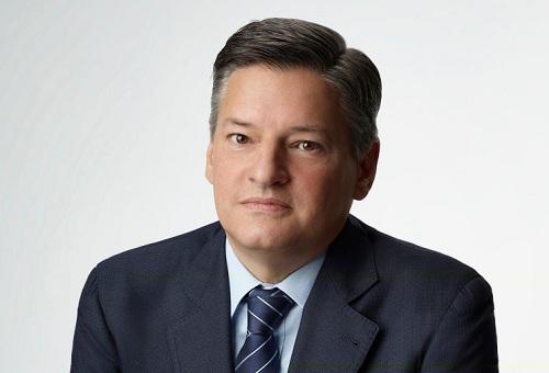 Ted Sarandos sinh năm 1964, tham gia Netflix từ năm 2000. Ông và CEOReed Hastings được xem là những kiến trúc sư cho sự phát triểncủa đơn vị nhiềunăm qua.