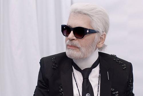 Nhà thiết kế Karl Lagerfeld.