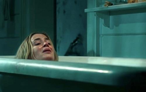 Cảnh hạ sinh phô diễn kỹ năng diễn xuất của Emily Blunt - diễn viên sinh năm 1983, nổi tiếng với các phim The Devil Wears Prada, Salmon Fishing in the Yemen. Edge of Tomorrow...