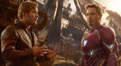 Star-Lord và Iron Man cũng có cảnh gây cười khi tranh nhau xem ai lập kế hoạch hay hơn.
