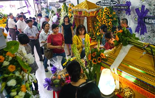 Tang lễ chị Hướng Dương diễn ra sáng 27/4 tại thư viện sách nói dành cho người mù ở TP HCM.