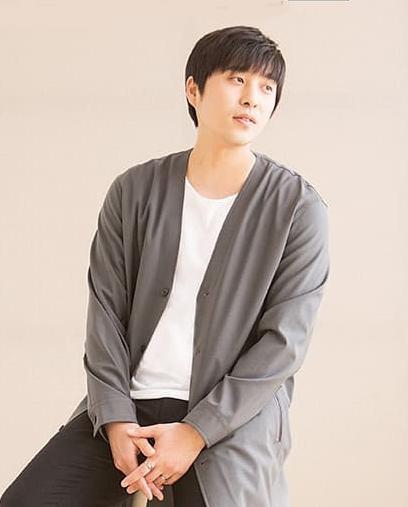 Ca sĩ Hàn tung MV cover 'Sau tất cả'
