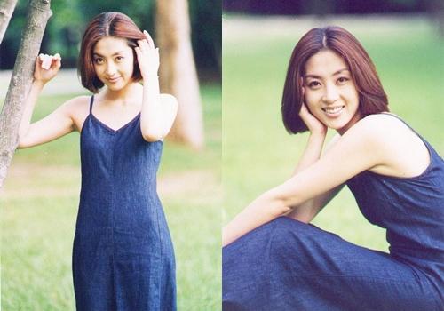 Thành công của Ông trùm giúp Song Yoon Ah thành sao hạng A, được mời đóng chính trong nhiều phim ăn khách. Tuy nhiên, diễn viên không xuất hiện ồ ạt mà chỉ chọn tác phẩm chất lượng. Cô chủ yếu nhận lời chụp ảnh tạp chí.
