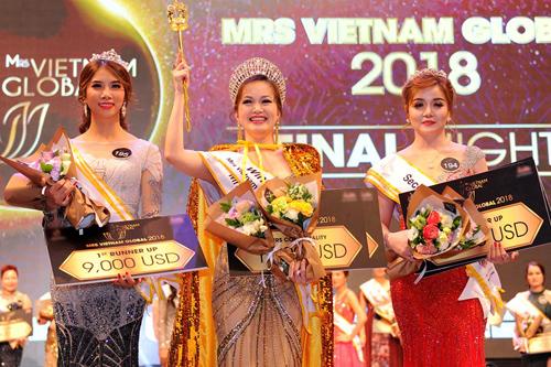 Người đẹp 43 tuổi đăng quang Hoa hậu Quý bà người Việt toàn cầu