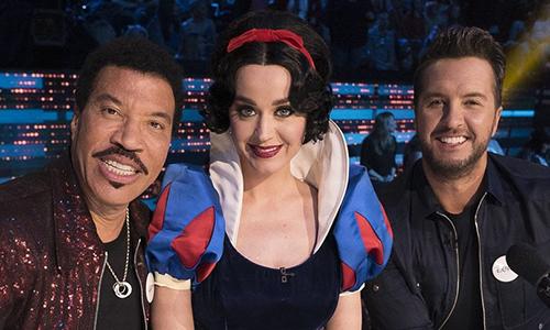 Lionel Richie, Katy Perry,Luke Bryan (từ trái sang) trên ghế nóng American Idol.