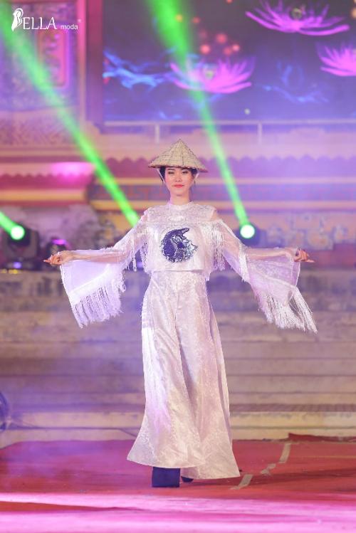 Bella Moda trình diễn BST Nét xưa tại lễ hội Áo dài Festival Huế - 6