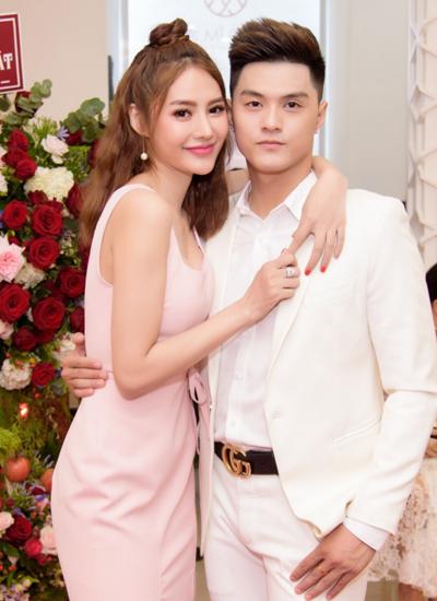 Lần đầu Lâm Vinh Hải và Linh Chi xuất hiện bên nhau sau một khoảng thời gian chia tay.