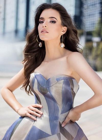 Người đẹp Vanessa Ponce.