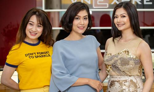 Từ trái qua, Thu Nga (vai Thương), Hà Hương (vai Nguyệt), Kiều Anh (vai Nhung) sau 17 năm.