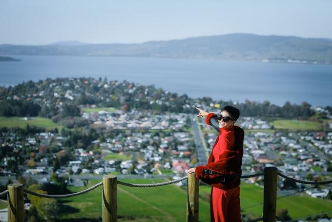 H'Hen Niê choáng ngợp trước vẻ đẹp của New Zealand
