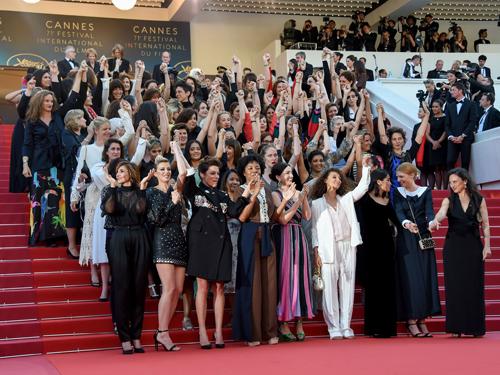82 ngôi sao nữ trên bậc thang nổi tiếng ở Cannes. Ảnh: AP.