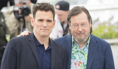 Trước đó, Lars von Trier cùng nam chính Matt Dillon tham gia chương trình thảm đỏ. Hai nữ diễn viên Uma Thurman và Riley Keough không đến buổi ra mắt.
