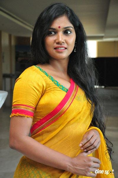Usha Jadhav - một trong số ít nữ diễn viên Ấn Độ hiếm hoi