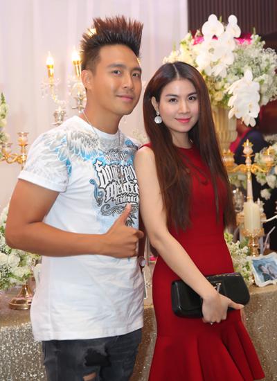 Vợ chồng diễn viên Thanh Duy (trái) và Kha Ly.