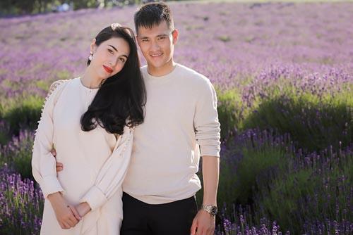 Vợ chồng Công Vinh - Thủy Tiên.