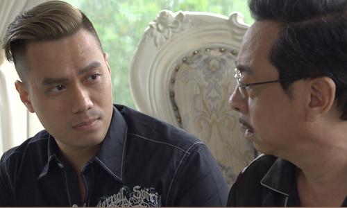 Việt Anh (trái) trong vai Phan Hải và NSND Hoàng Dũng - vai Phan Quân.
