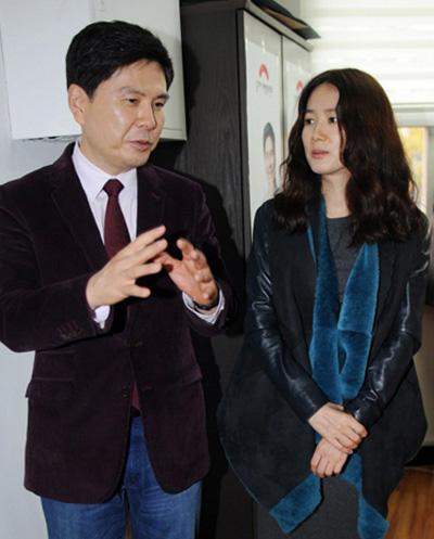 Vợ chồng diễn viên Shim Eun Ha.