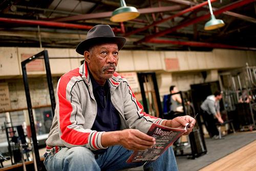 Morgan Freeman trong phim Million Dollar Baby.
