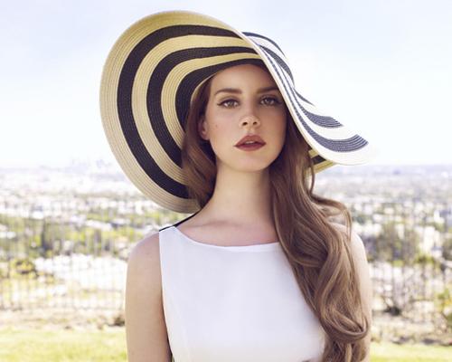 Ca sĩ Lana Del Rey.