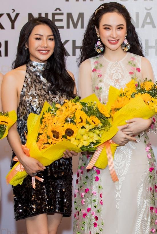 Angela Phương Trinh hóa công chúa với váy voan thêu hoa