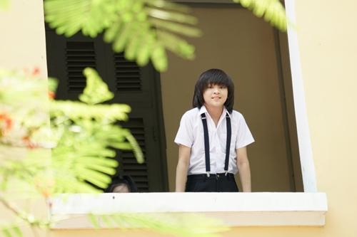 Một phần bối cảnh MV được quay ở trường THPT Nguyễn Thị Minh Khai.