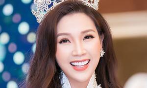 Hoa hậu Phí Thùy Linh mở tiệc mừng sau đăng quang