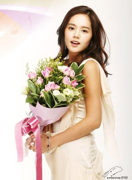 Nét trong sáng thuở đôi mươi của mỹ nhân không tuổi Han Ga In - 9
