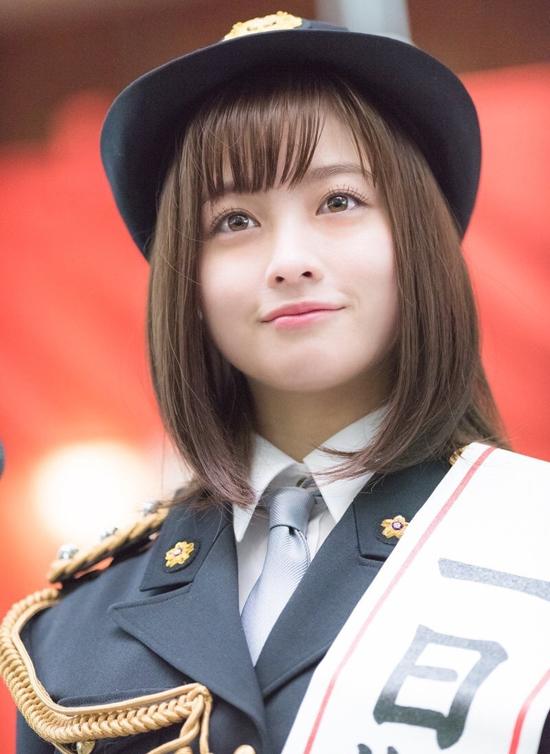 Nhan sắc thiếu nữ 19 tuổi 'đẹp nhất Nhật Bản' gây tranh cãi