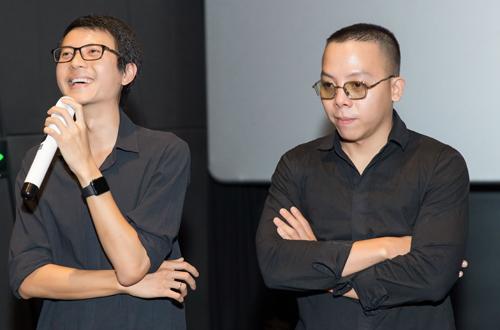 Đạo diễn Phan Minh (trái) và giám đốc âm nhạc Hoàng Tourliver.