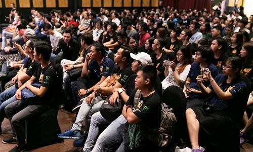 Hơn 100 nhà làm phim trẻ đến dự sự kiện ở TP HCM.