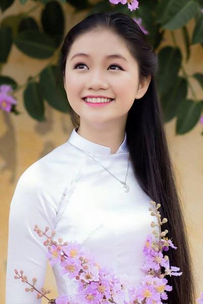 Hà Lương Bảo Hằng
