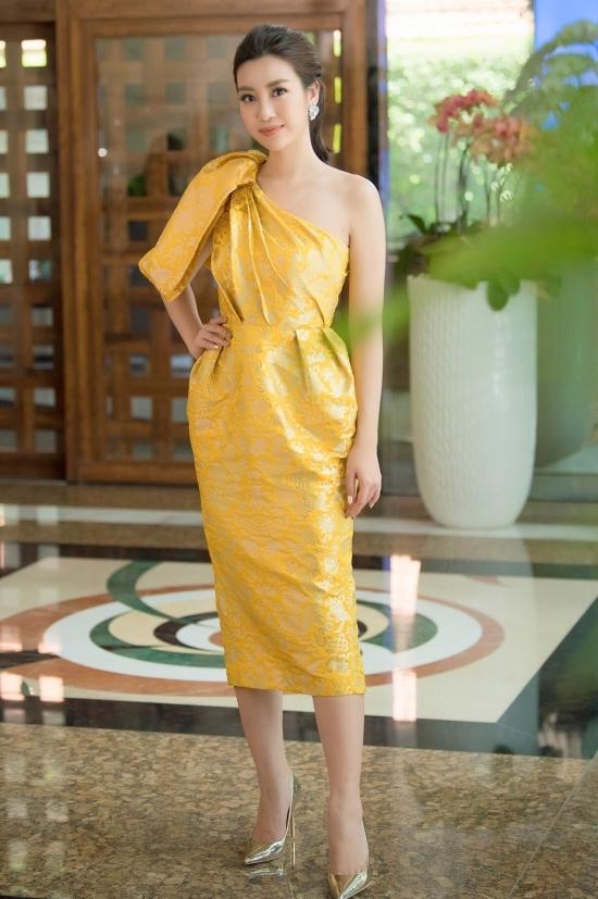 Đỗ Mỹ Linh đọ sắc cùng Hoa hậu Bích Phương, Hà Kiều Anh