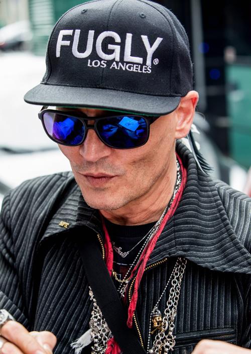 Thay đổi ngoại hình theo thời gian của Johnny Depp