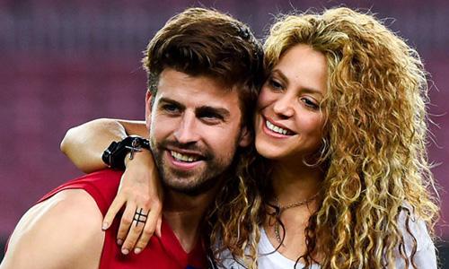 Pique và Shakira là cặp tình nhân đẹp của làng bóng đá thế giới.