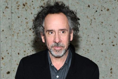Tim Burton sinh năm 1958, là đạo diễn từng hai lần được đề cử Oscar.