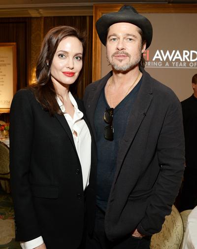 Angelina Jolie và Brad Pitt đang mâu thuẫn chuyện phân chia thời gian bên con.