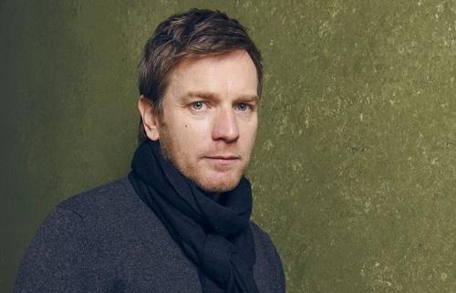 Ewan McGregor sinh năm 1971, nổi tiếng với các phim Trainspotting, Big Fish, Moulin Rouge! và series Star Wars.