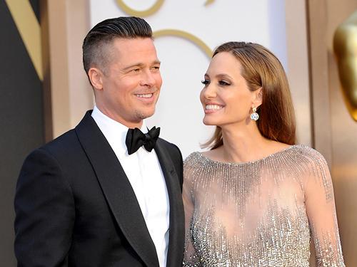 Angelina Jolie và Brad Pitt vẫn căng thẳng sau gần hai năm chia tay.